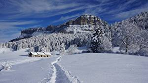 Hintergrundbilder Winter Gebäude Wälder Berg Landschaftsfotografie Schnee Weg Felsen
