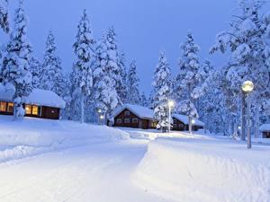 Bilder Lappland Landschaft Finnland Gebäude Schnee Fichten Straßenlaterne Städte
