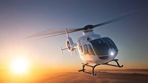 Fotos Hubschrauber Flug Eurocopter EC 135 Luftfahrt