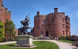 Bilder Vereinigtes Königreich Burg Denkmal Treppe Rasen Powis Castle