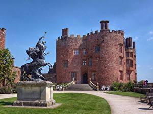 Bilder Vereinigtes Königreich Burg Denkmal Stiege Rasen Powis Castle