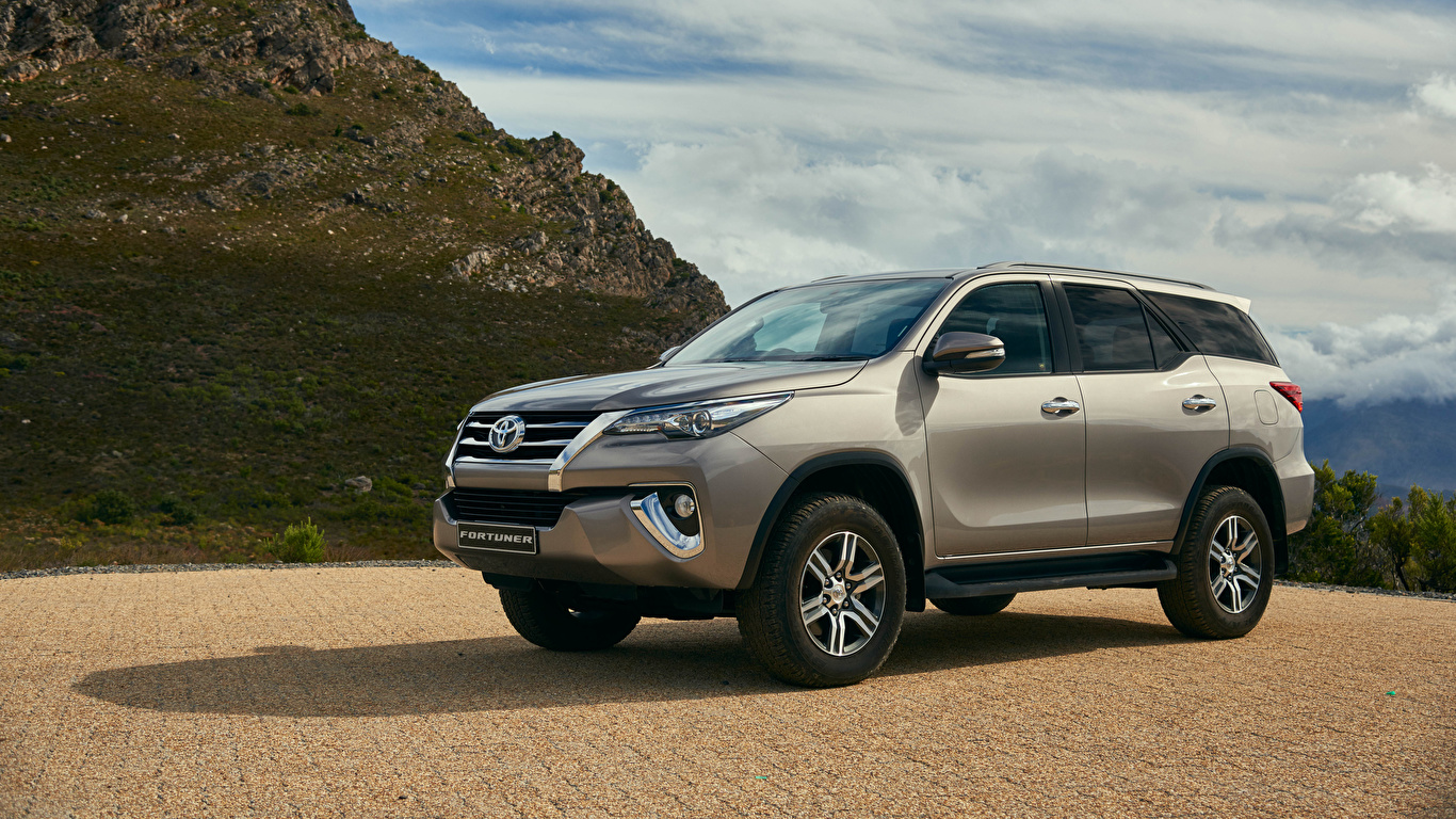 Images Toyota 2016 Fortuner Automobile 1366x768