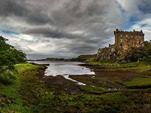 Photo Scotland Castles Pond Rock Dunvegan Castle Cities