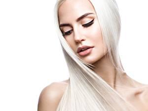 Bilder Blond Mädchen Haar Gesicht Weißer hintergrund Schön Mädchens
