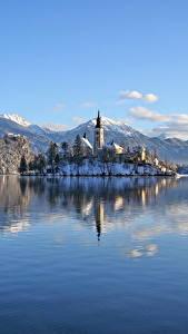 Fotos Slowenien See Berg Burg Winter Alpen Schnee Lake Bled, Bled castle Natur