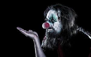 Bilder Mann Schwarzer Hintergrund Clown Hand Make Up Barthaar