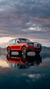 Fotos Rolls-Royce Rot 2018 Cullinan Worldwide Autos