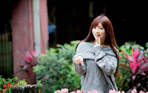 Wallpaper Asian Brown haired Hair Smile Glance Bokeh female