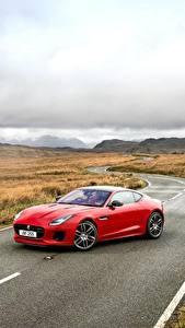 Bilder Jaguar Straße Rot 2017 F-Type R-Dynamic Coupe Autos