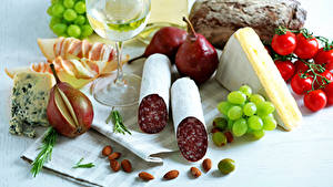 Wallpapers Still-life Sausage Cheese Tomatoes Pears Grapes Nuts