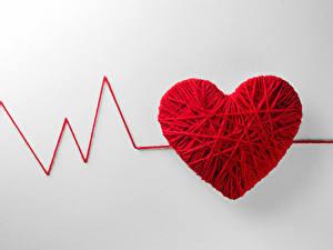 Bilder Valentinstag Kreativ Grauer Hintergrund Herz Rot