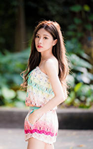 Hintergrundbilder Asiatische Pose Starren Bokeh junge frau