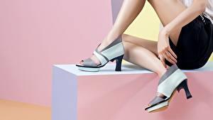 Hintergrundbilder Großansicht Bein High Heels junge Frauen
