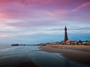 Hintergrundbilder Seebrücke England Türme Strände Blackpool, Lancashire Städte