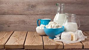 Fotos Milch Topfen Weißkäse Quark Hüttenkäse Käse Bretter Krüge Lebensmittel