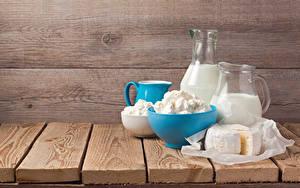 Fotos Milch Topfen Weißkäse Quark Hüttenkäse Käse Bretter Kanne