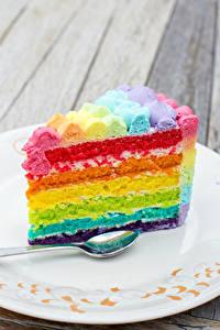 Hintergrundbilder Torte Stück Mehrfarbige Teller Löffel