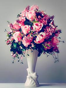 Hintergrundbilder Sträuße Rosen Grauer Hintergrund Vase Blumen