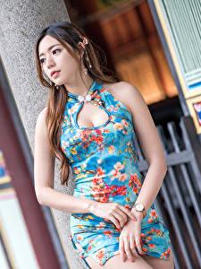 Hintergrundbilder Asiatische Kleid Hand Bokeh Hübsch junge frau