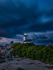 Bilder Abend Morgendämmerung und Sonnenuntergang Küste Leuchtturm Frankreich Gewitterwolke Kersenval, Bretagne