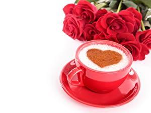 Hintergrundbilder Kaffee Cappuccino Valentinstag Tasse Untertasse Weißer hintergrund Herz Lebensmittel