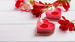 Papéis de parede Dia dos Namorados Chama Velas Coração