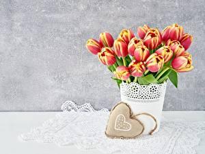 Papéis de parede Tulipas Dia dos Namorados Coração Flores