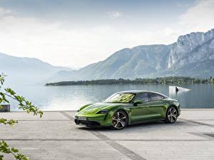 Hintergrundbilder Porsche Grün Taycan auto