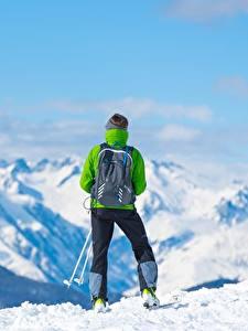 Desktop hintergrundbilder Berg Skisport Schnee Hinten Rucksack Natur
