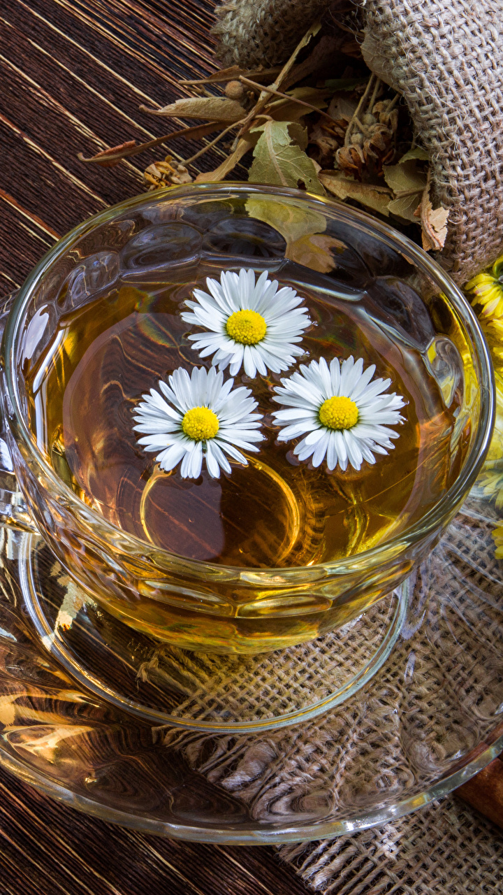 Bilder Tee Kamillen Tasse Untertasse Lebensmittel Bretter Getränke 720x1280