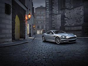Fotos Aston Martin Silber Farbe 2007-12 DBS Autos