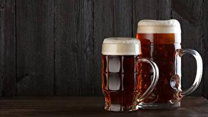 Bilder Bier Bretter 2 Becher Schaum Lebensmittel