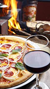 Fotos Fast food Pizza Wein Weinglas