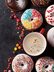 Photo Pastry Donuts Coffee Candy Gray background Cup