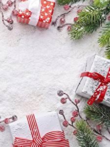 Hintergrundbilder Vorlage Grußkarte Schnee Geschenke Ast