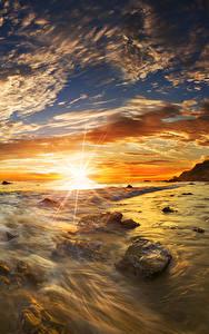 Hintergrundbilder USA Küste Morgendämmerung und Sonnenuntergang Landschaftsfotografie Steine Himmel Wolke Sonne Matador State Beach Malibu