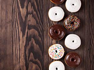 Fotos Backware Donut Schokolade Zuckerguss Bretter Lebensmittel