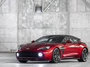 Fotos Aston Martin Rot Metallisch 2018-19 Vanquish Zagato Shooting Brake Zagato Autos