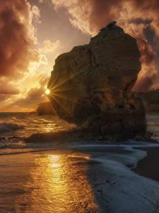 Hintergrundbilder Portugal Sonnenaufgänge und Sonnenuntergänge Küste Wasserwelle Steine Wolke Felsen Sonne Natur