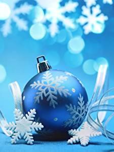 Hintergrundbilder Neujahr Kugeln Schneeflocken Blau