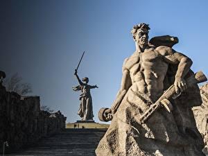 Bilder Denkmal Mann Wolgograd The Motherland Calls, Mamayev Kurgan Städte