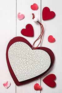 Papel de Parede Desktop Dia dos Namorados Coração Tábuas de madeira
