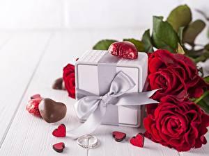 Papéis de parede Rosas Dia dos Namorados Presentes Laço Coração Flores