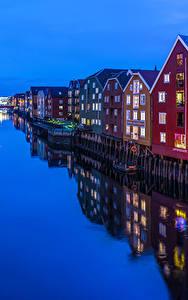 Hintergrundbilder Norwegen Gebäude Abend Kanal Spiegelung Spiegelbild Trondheim