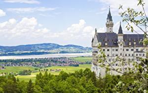 Hintergrundbilder Schloss Neuschwanstein Deutschland Burg Sommer Ast Städte