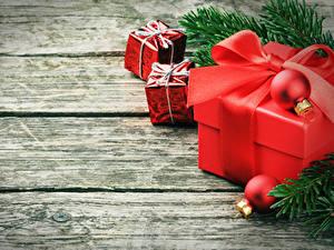 Bilder Neujahr Bretter Ast Geschenke Kugeln Schleife