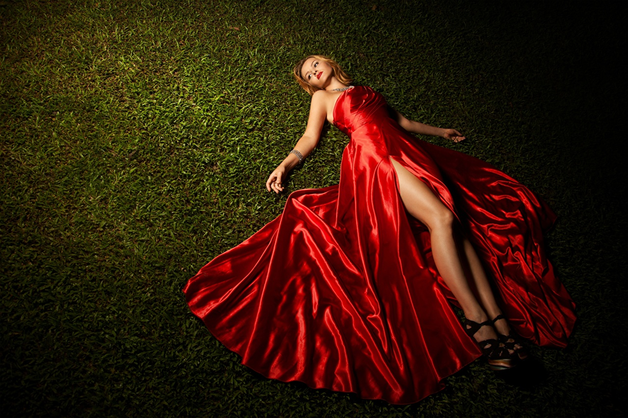 Desktop Wallpapers Blonde girl Lying down Girls Legs Grass Hands gown laying esting female young woman frock Dress