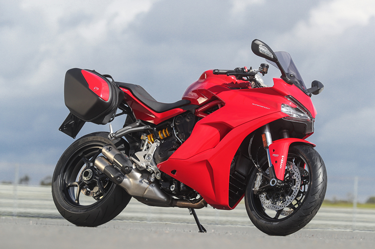 Pictures Ducati 2017 SuperSport Touring Pack Red motorcycle Side Motorcycles