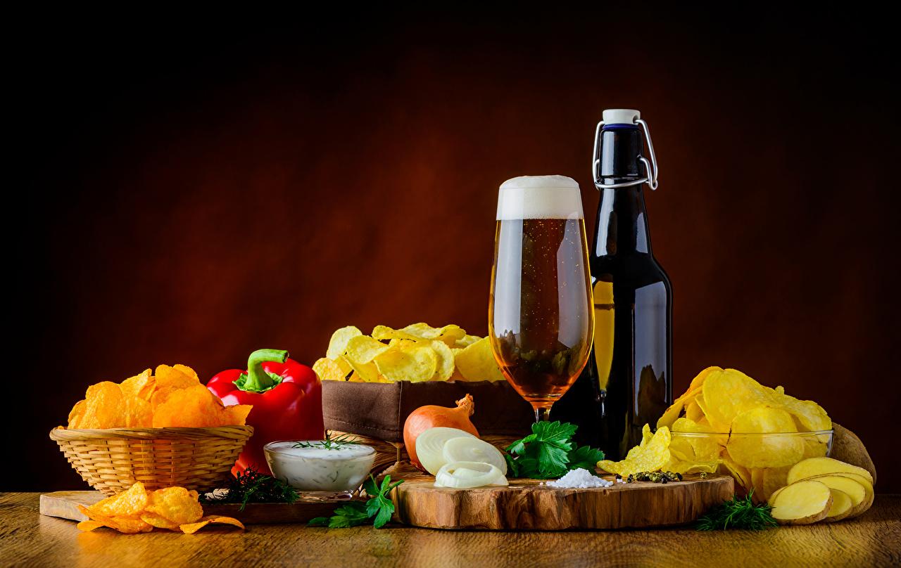 Wallpapers Beer Chips Onion Food Bottle Pepper Stemware Still-life