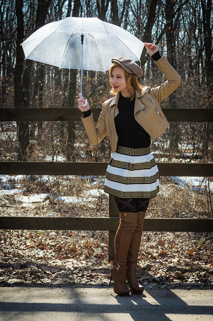 Foto Victoria Borodinova Stiefel posiert Jacke junge frau Regenschirm baseballkappe  für Handy Pose Mädchens junge Frauen Baseballcap baseballmütze